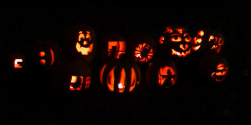 Pumpkin Carving Party Lineup - 2007
